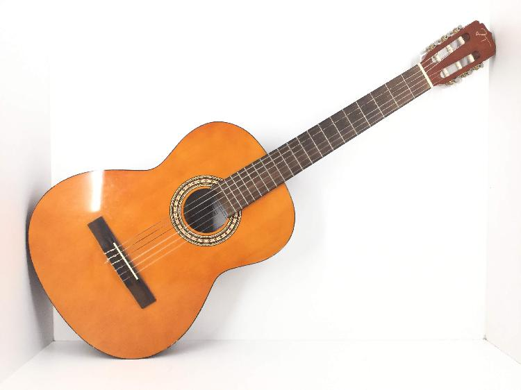 Guitarra clasica oqan jose torres
