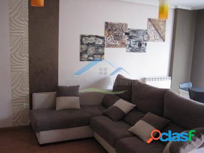 Venta o alquiler con opcion a compra de piso de tres habitaciones