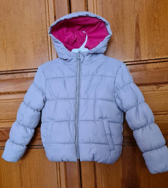 Abrigo con forro polar. talla 5-6.