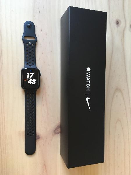 Apple watch serie 5 nike, 44 mm gps + cellular