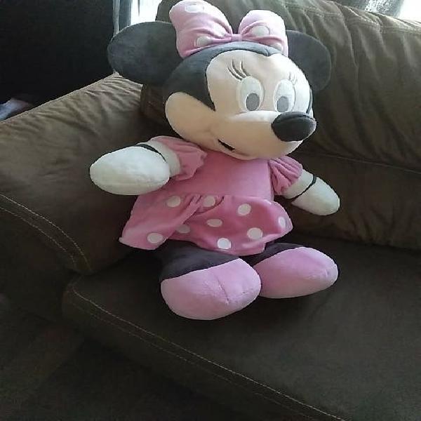 Minnie de casi 80 cm