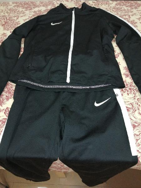Nike lote 10-12 años