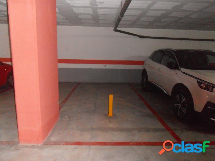 Se alquilan dos plazas de garajes contiguas al lado del palacio de justicia.