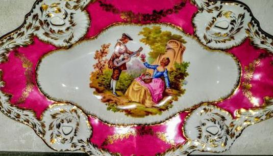 Bandeja de porcelana sellada hispania.