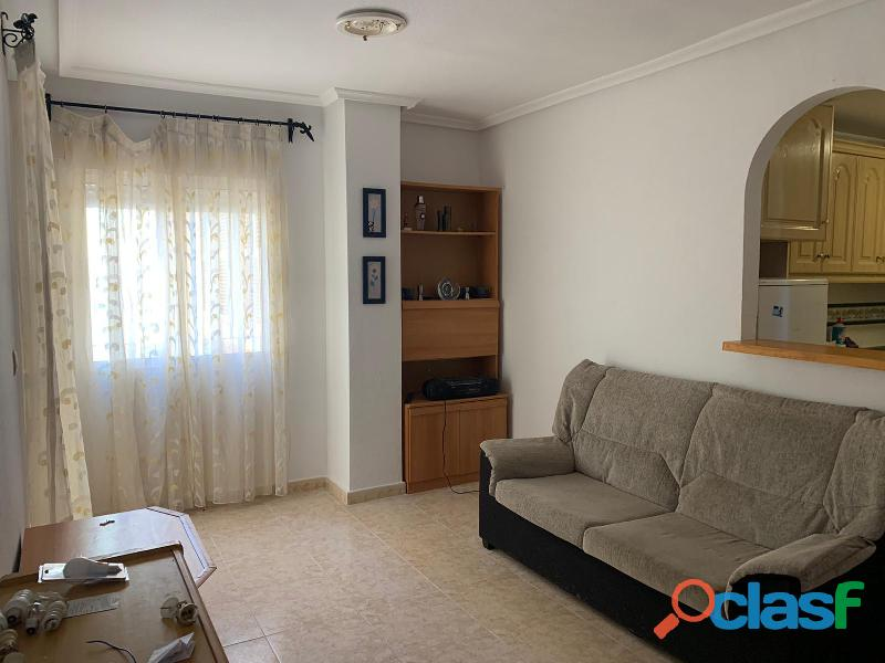 Apartamento con Piscina Comunitaria, Torrevieja 1