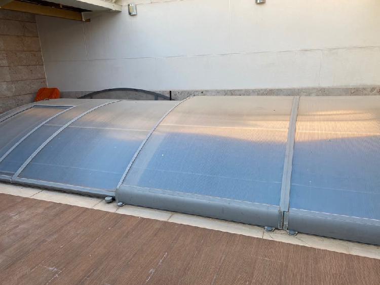 Cubierta de piscina cupula
