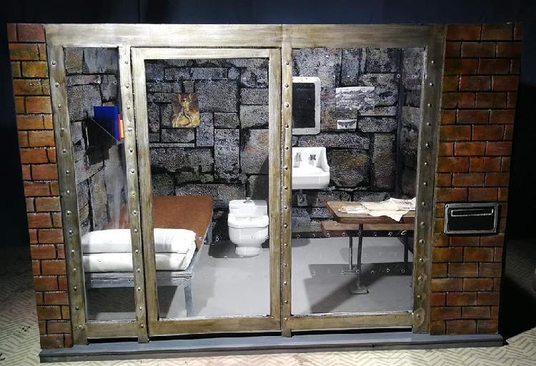 Diorama celda hannibal lecter 12''