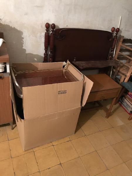 Muebles antiguos años 60/70 por mudanza