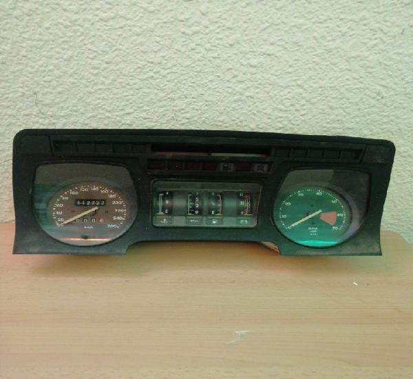 Panel de mandos de jaguar xjs v12