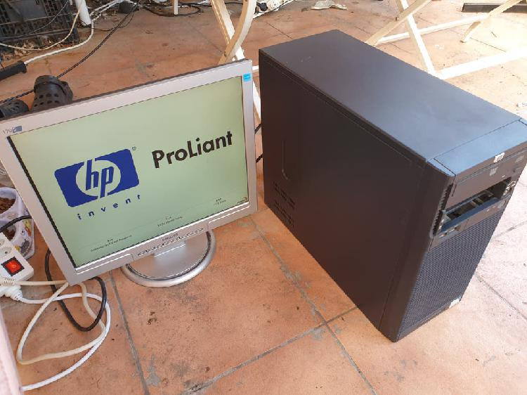 Pc hp proliant g6950, 4 gb ddr3, 320 gb, monitor