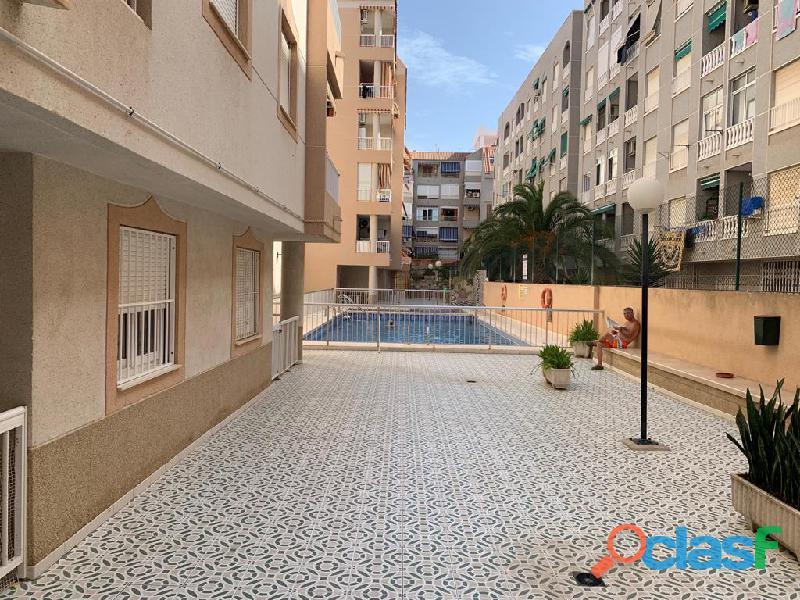 Apartamento a 250 metros de la playa de acequion con piscina comunitaria