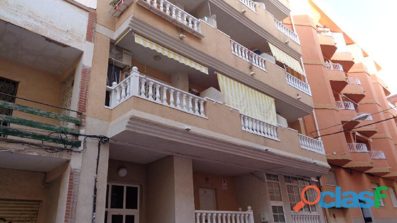 Apartamento a tan solo 150 m de La Playa de Los Locos, Torrevieja