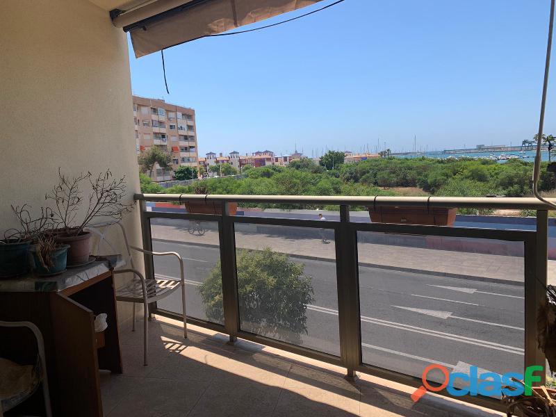Apartamento con vistas al mar, a 100m de la playa de acequión