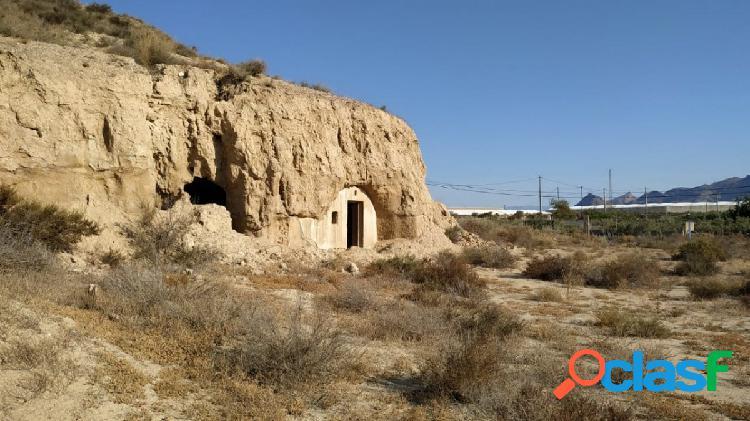 Casa Cueva con 7.000 en Pechina