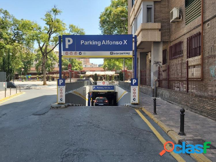 Plaza de garaje en el parking público de alfónso x el sabio
