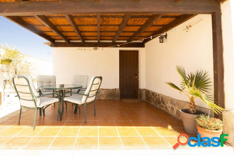 Chalet con piscina hipotecable