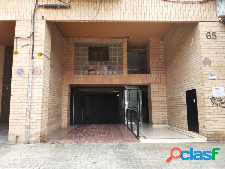 Venta de plaza de garaje en c/juan ramón jiménez nº65 (barrio malilla)