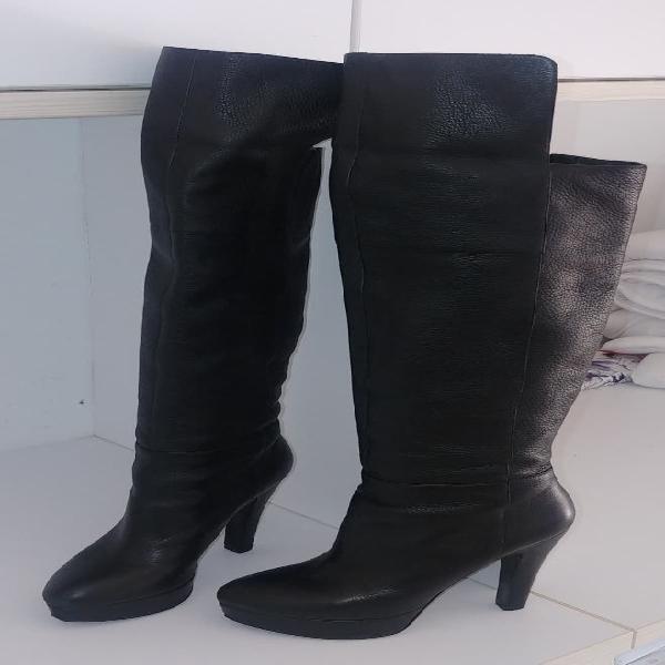 Botas de tacón altas tipo mosquetero - guess -