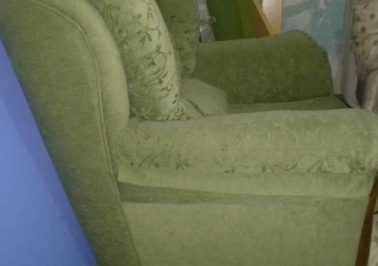 2 sofas de 1 plaza