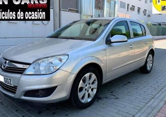 Opel astra 1.7 cdti enjoy 5p.