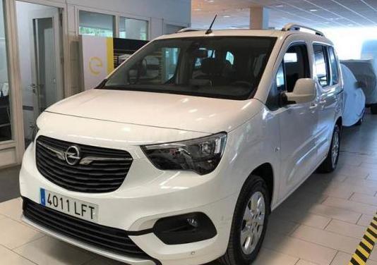 Opel combo life 1.5 td 96kw 130cv ss innovation xl