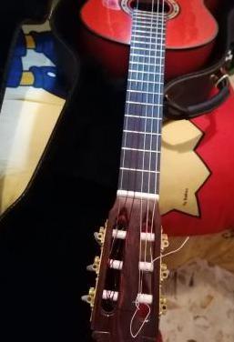 Guitarra de artesania