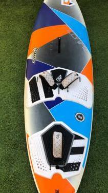 Tabla windsurf fanatic 85l.