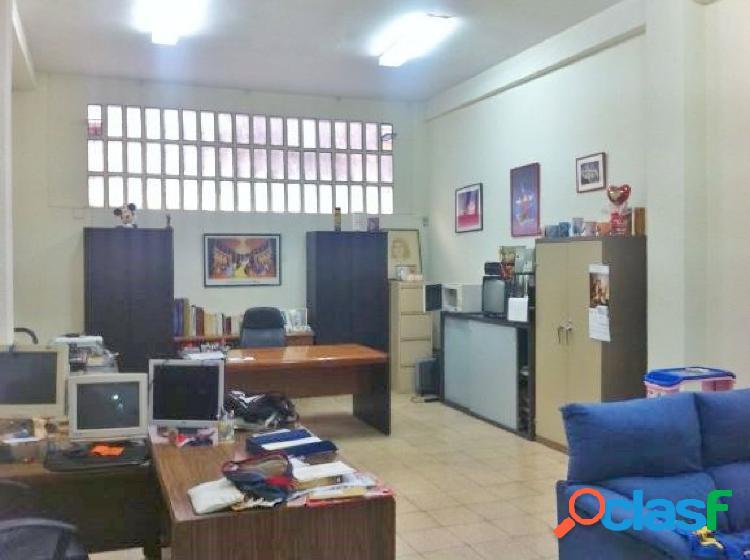 Local comercial gran dimensión, diáfano en Campoamor 2