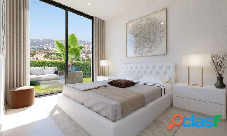 Villa de 3 dormitorio, 4 baños, vista al mar, piscina privada en Finestrat 2