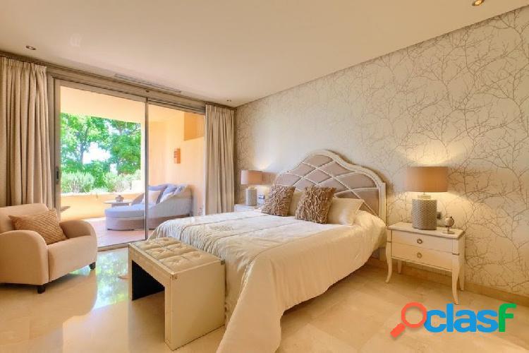 complejo Mansion Club, situado sobre la Milla de Oro, Marbella. 2