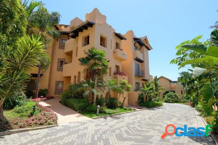 complejo Mansion Club, situado sobre la Milla de Oro, Marbella. 3