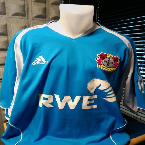Camiseta adidas fútbol bayer leverkusen. talla xl