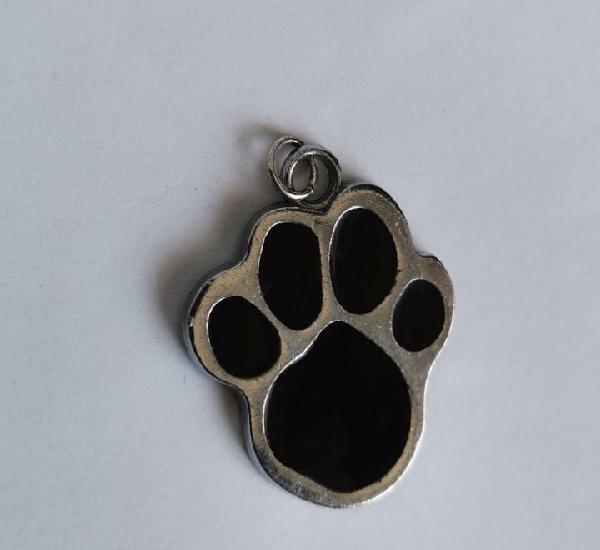Colgante huella perro gato esmaltado