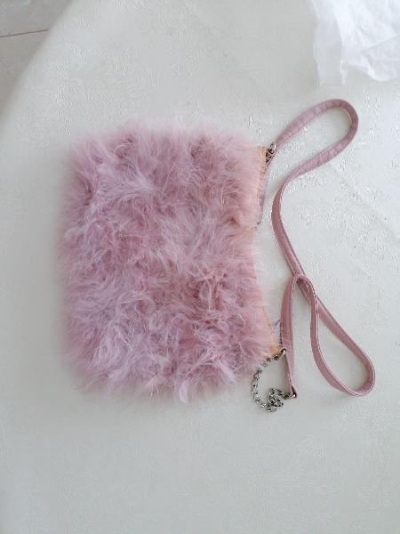 Bolso rosa plumas