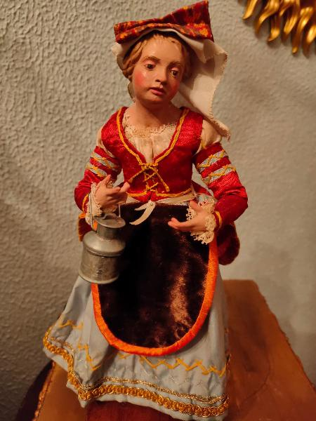 Figura niña noble nápolitana