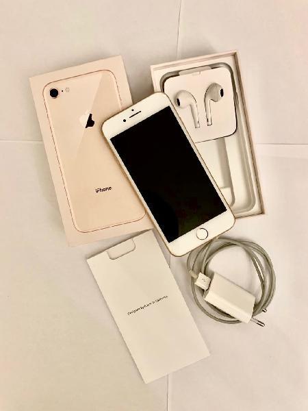 Iphone 8 semi nuevo