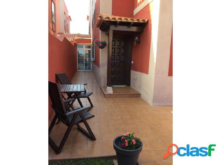 Chalet pareado reformado de 2 dormitorios y 2 baños en las rosas. precio 189.500.-€