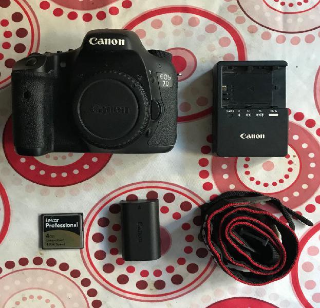 Canon eos 7d + extras