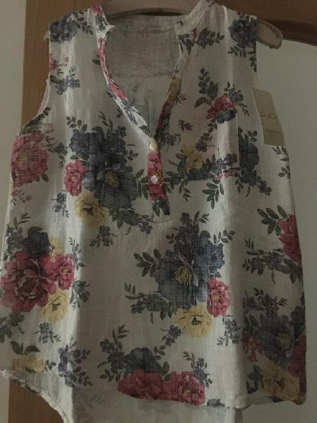 Camisa estampado floral nueva