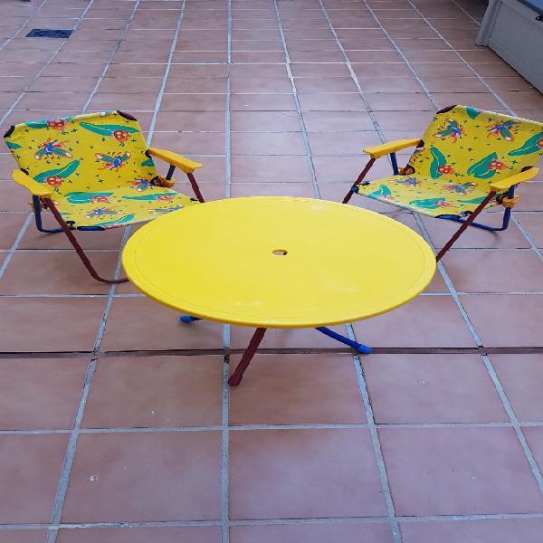 Conjunto mesa y sillas infantil playa