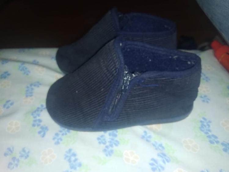 Zapatillas de casa de niño o niña numero 27