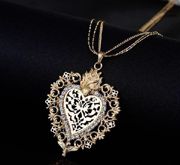 Corazón para dolorosa particular dorado 6,6x5,5 cm