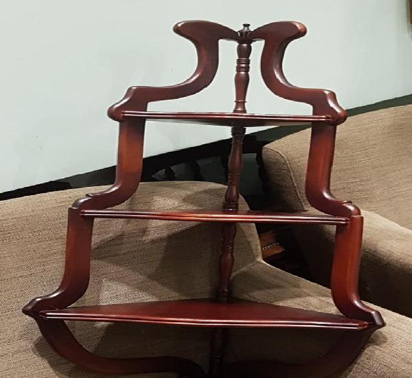 Mueble esquina, madera, barnizado color caoba, buen estado