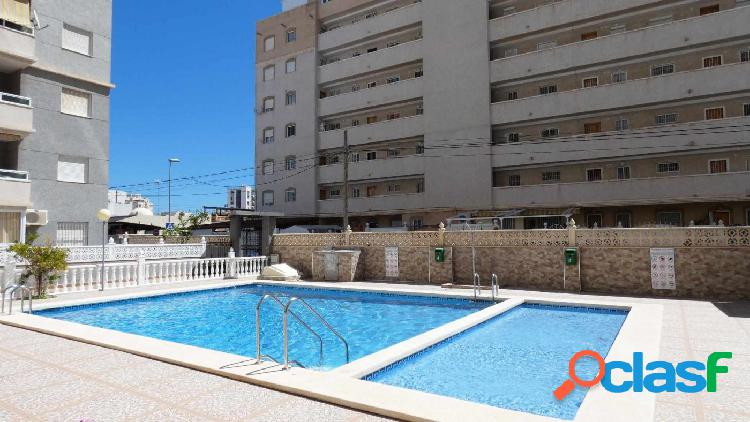 Apartamento 2 dormitorios en cuarta planta con piscina