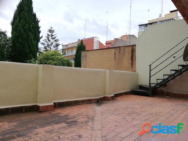 Piso de 55 m2 con terraza de 30 m2 !!!!!!