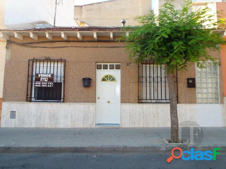 Típica casa española en benejuzar