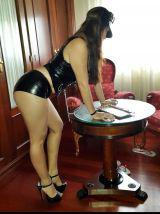 AMORES SOY LAURA COLOMBIANA