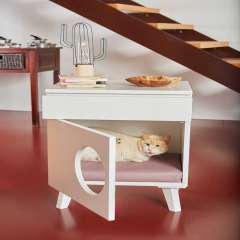 Mesilla de madera cama para gatos color fucsia