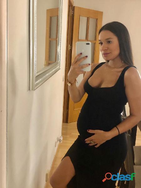 embarazada recien llegada dispuesta a follar rico