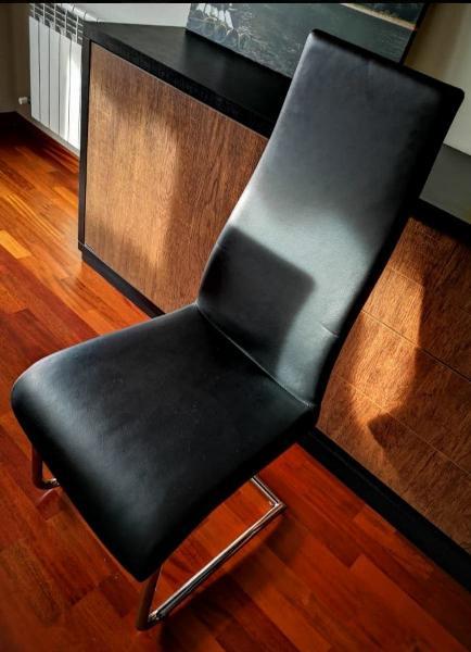 4 sillas de polipiel salón/comedor